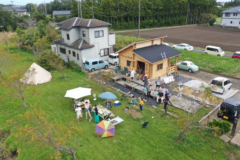 湖畔のログハウス 完成祝いパーティ