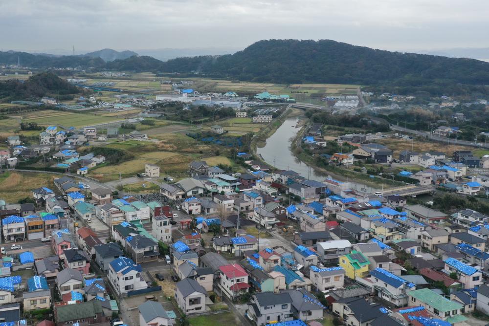 台風15号で屋根が飛んだ南房総市の住宅