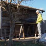 ソーホースブラケットで小屋脇に作業台を作る 仮組み