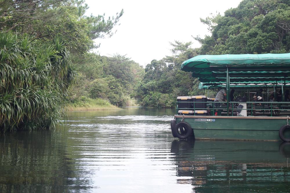 ビオスの丘 湖水鑑賞船