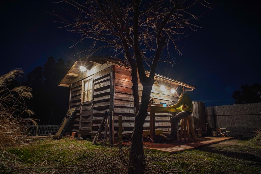 夜の房総フィールド 外でブログ更新