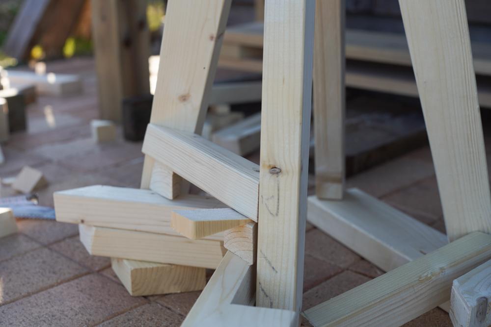 房総オルタナティブファニチャー ハイスツールを作る 足乗せパーツと座部のカット