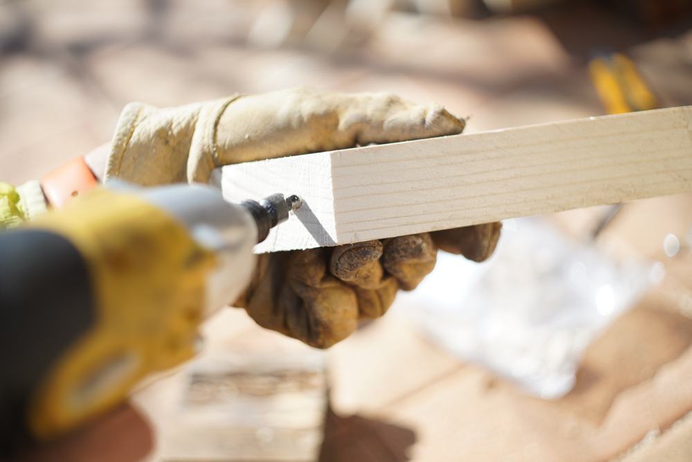 房総オルタナティブファニチャー ハイスツールを作る ダボ穴を開ける
