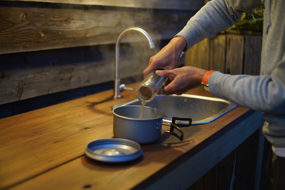 ソーラークッカーエコ作でスープ ポトフを作る