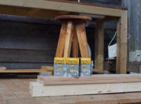 2x4材+ソーホースブラケットで苗台を作る