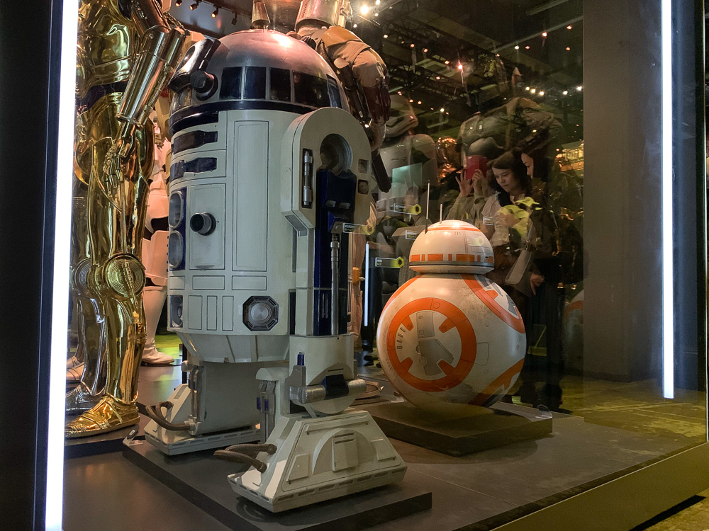 STAR WARS IDENTITIES THE EXHIBITION 天王洲 寺田倉庫 R2-D2