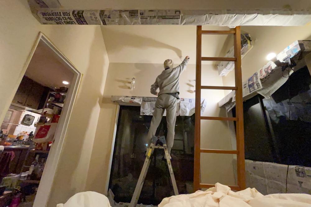 東京自宅 仕事部屋のペンキ塗り ベンジャミンムーアのペンキを使ってみる Benjamin Moore HC-26 monroe bisque