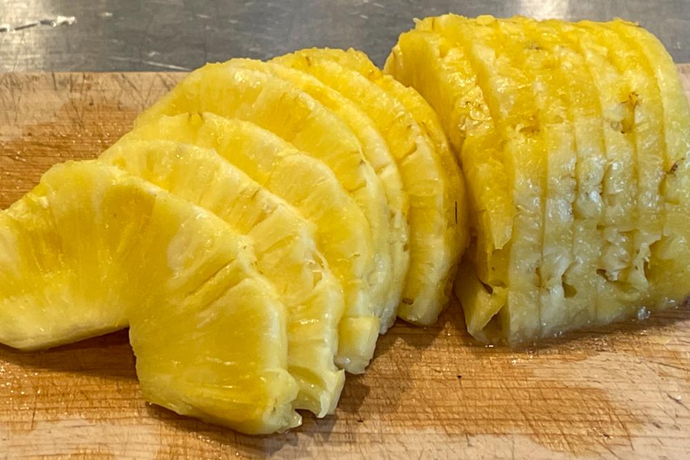 人生2回目のフルーツサンド作りはココナッツミルクパンとパイナップル フルーツサンドを作りながら人生の最後になにを食べたいか?を考える