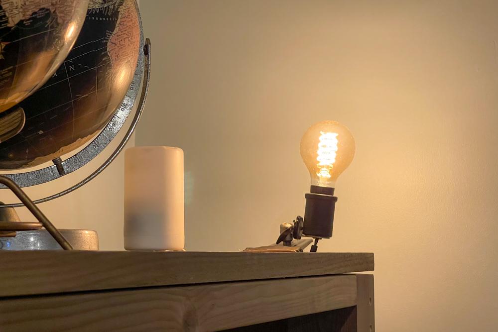 東京自宅 ロフト リノベーションDAY8 エイジングした破風板(杉板)と2x4材で古材風キャビネットを作る