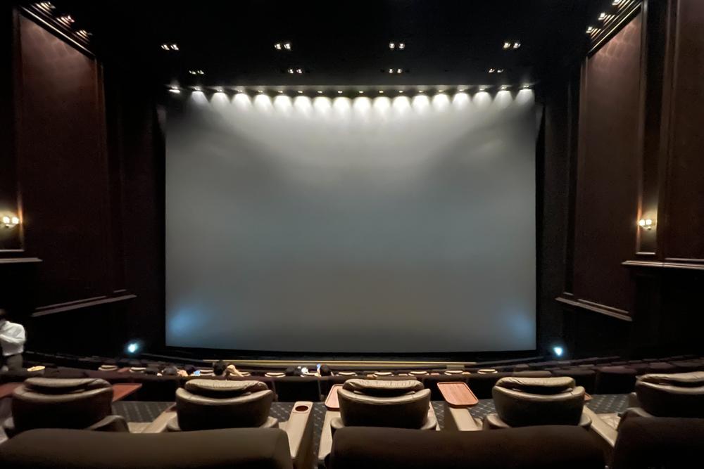 東京で過ごすメリット 007 / No Time to Dieをビッグスクリーン IMAX レーザー GTで見る@グランドシネマサンシャイン池袋