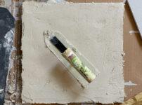 琉球漆喰の試し塗り 沖縄ワーケーションルーム リノベーションプロジェクト